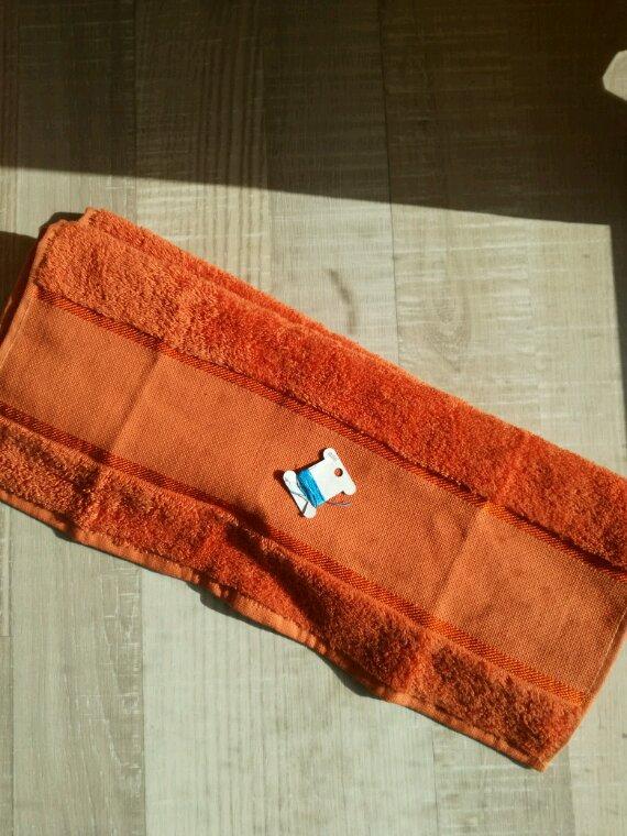 Une naissance = une serviette de toilette !l