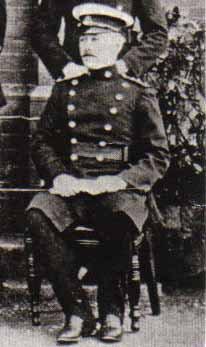 Le capitaine Ernest Jones