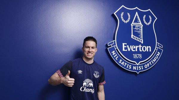Angleterre : Everton prolonge Oviedo