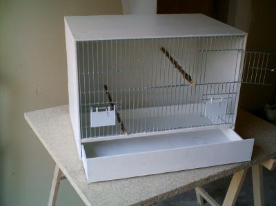 fabrication cage canarios canaris canarini. Black Bedroom Furniture Sets. Home Design Ideas