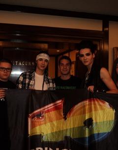 Los40 - Interview avec Tokio Hotel à Santiago, au Chili (28.11.10)