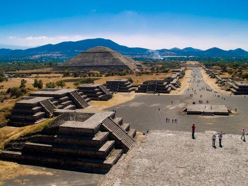 teotihuacanenlinea.blogspot.com