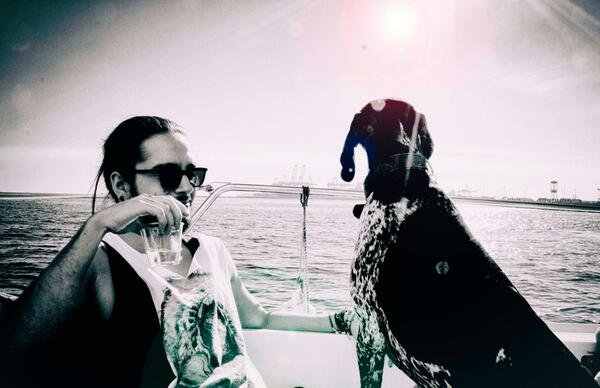 Twitter & Facebook- Tokio Hotel