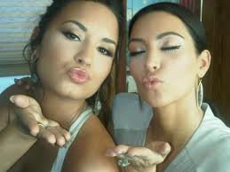 Demi et Kim Kadarshian