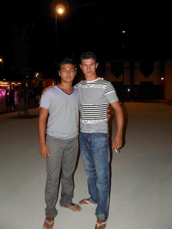mon frere et mon cousin