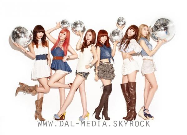 . . ♦ PINK POCKET 2nd mini-album :: Photo de groupe .