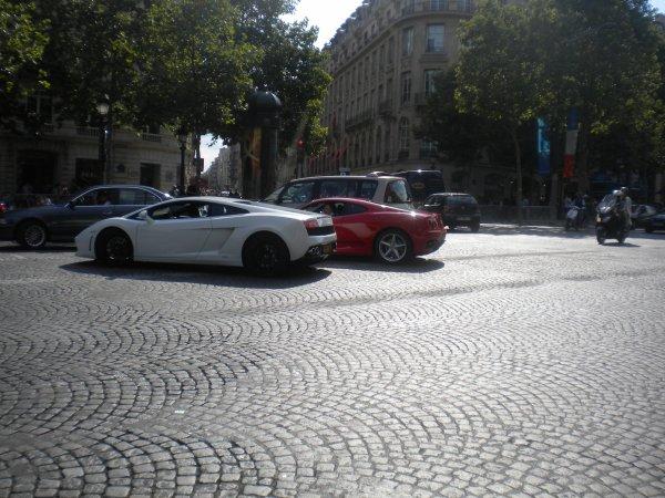 Lamborghini Gallardo LP560-4 / Ferrari F360 Modena Av Des Champs Elysées(75)