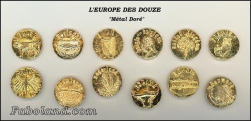L'EUROPE DES 12 Métal Doré Feves Anciennes