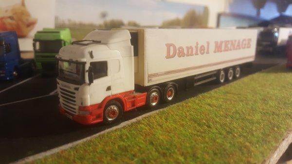 En vente Daniel menage