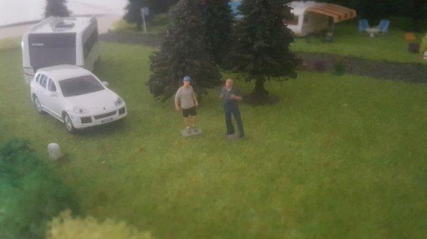 Petite photo quand Jeremy parlait avec le proprio du camping...afin de connaître son emplacement pour ces 2 semaines de vacances.