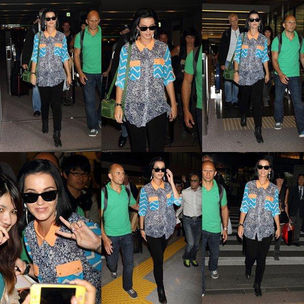 • 25/09/12 - Katy Perry a fait la première de son film Katy Perry Part Of Me 3D à Tokyo.