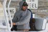 Mercredi 7 Décembre - Enrique  avec Anna & leur chiot se promenant en bateau.