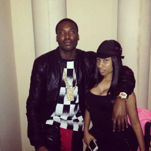 Nicki Minaj à refait du noir sur c'est cheveux , TOP ou FLOP ?