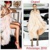 """# # Rihanna porte  une robe """"Chanel"""",  une robe """"Miu Miu"""", une robe """"Valentino""""  et un body """"Lanvin""""   Remarque *   Rihanna est en couverture de l'édition de décembre du magazine Interview, la chanteuse fait dans l'½uvre d'art en apparaissant glamour et sexy en première page ! Entourée de fleurs et posant avec des lunettes de soleil Christian Dior, l'interprète de Only Girl a été shootée par le photographe Mickael Jansson, pour un résultat sublime.  Sur les autres clichés, la jeune Barbadienne, porte une robe Chanel, une robe Miu Miu, une robe Valentino et un body Lanvin   collection printemps 2011. Durant l'interview, la belle se livre à quelques petites confidences sur sa vie privée... En couple avec Matt Kemp depuis plusieurs mois, la star se focalise exclusivement sur sa carrière pour l'instant, mais affirme déjà songer à fonder une famille : """"Je ne me fie pas à l'âge, ça peut être dans un an, comme dans dix ans, pourvu que ce soit le bon moment..."""""""