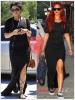 » Un air de déjà vu...Vanessa hudgens  et Rihanna ont craqué sur la  même robe ! Un détail qui n'a pas échappé à la Fashion Police de RihannaLook ! Alors ... votre préférence ?