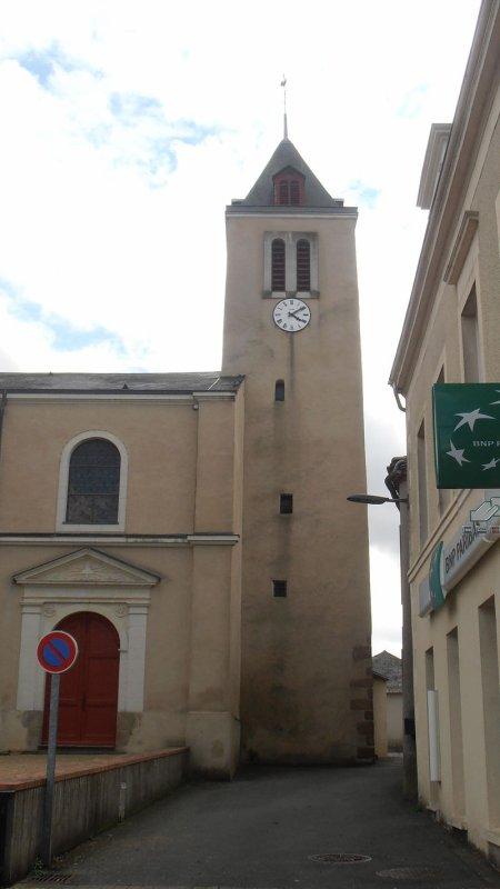 Saint Pierre Montlimart (49)