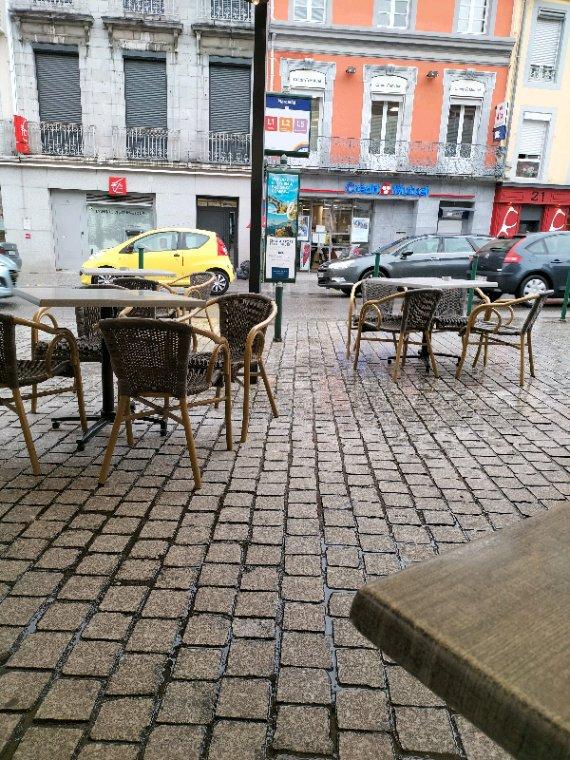 En terrasse a Lourdes (65)