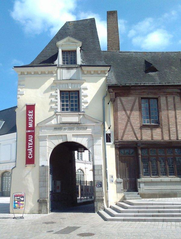 Laval (53)