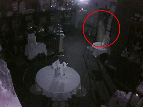 Apparitions dans un bar
