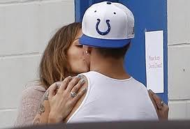 Jennifer Lopez : Casper Smart défend leur amour
