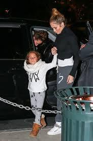 Jennifer Lopez : une maman attentive et fan de dessin animé