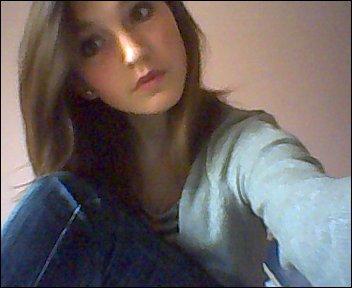 Faut souffrir pour être belle ; Alors avec tout ce que j'ai vécu, je devrais être top model.