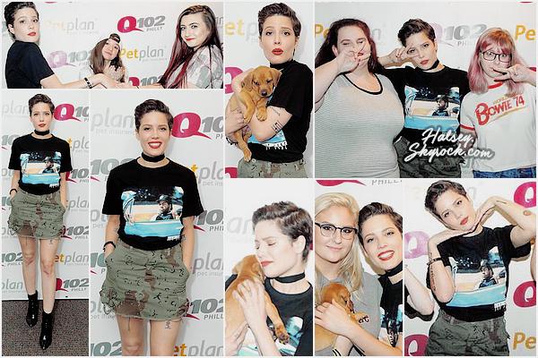 14/05/2016 • • Halsey est passé à la radio Q102 Philly pour y performer quelques chansons. Miss Frangipane en a profité pour rencontrer quelques-uns de ses fans et s'est faits un nouvel ami très chou !