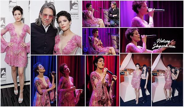 24/05/2016 • • Halsey se produisait sur la scène du Grammy Museum à Los Angeles.  Dans une robe sexy couleur Lilac, Ash a performer quelques chansons et a également donné des CD de Badlands au public !