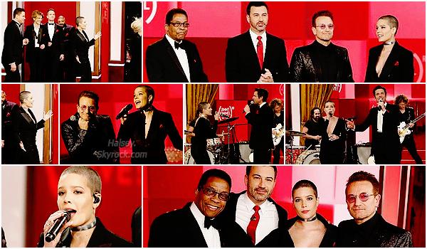 23/11/2016 • • Halsey était invitée sur le plateau de Jimmy Kimmel Live en compagnie d'autres célébrités comme Bono, DJ Khaled, Kristen Bell ou encore Julia Roberts !