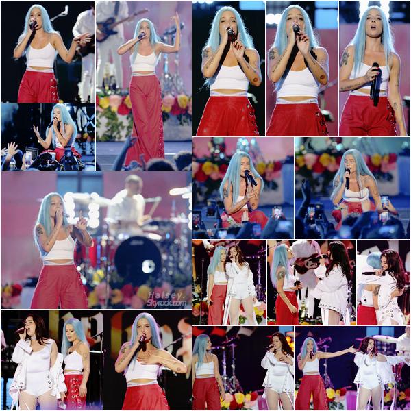11/06/2017 • • Halsey a participer au concert iHeartSummer 2017 a Fontainebleau Miami Beach, FL.  Un peu plus tard dans la soirée, la miss s'est produite sur scène tous comme de nombreux artistes tels que Fifth Harmony ou encore Miley Cyrus.