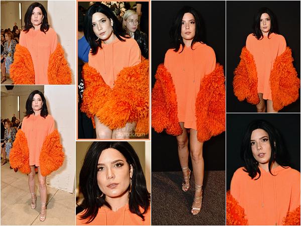 08/09/2017 • • Ashley s'est rendu au défilé du styliste Dion Lee pour la Fashion Week de New York.