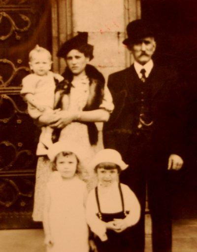 L'ALBUM DE FAMILLE (175)
