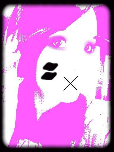 une petite image d'une emo je l'adore !