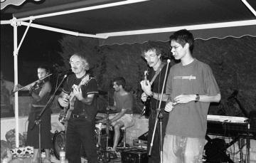 ♫ Plusieurs photos prises lors des tournées en Bretagne de 2002 à 2005 ♪