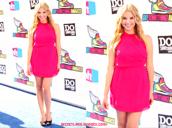 "Ashley Benson a participé a l'évènement  ""Do Something !  Awards 2011"" le 14 août"