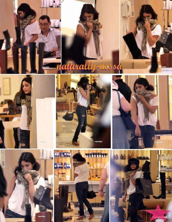 11 août : Miss Nessa faisant du shopping