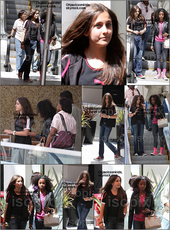 Candids|Paparazzi photos-  Paris goes to the Mall with a friend- 30th May 2011
