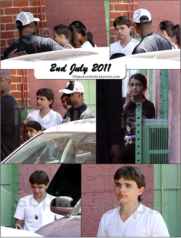 Prince, Paris, Blanket and Michaela leave the Gym- 2nd July 2011