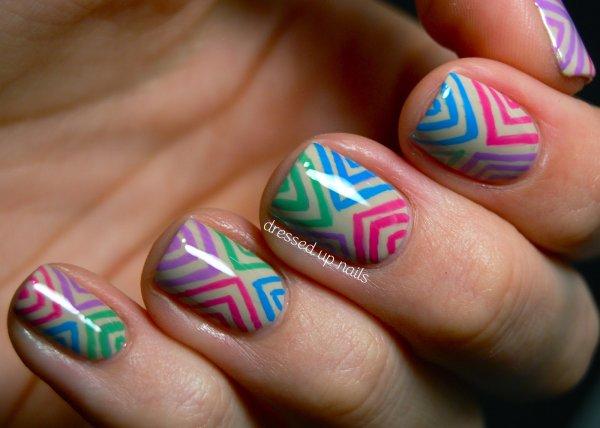 Nail art multicolors