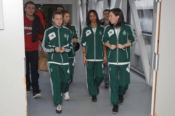 Des filles en « OR » et en photo (ASSE.fr)