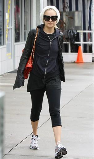 Nicole a été aperçue quittant la gym le 22/12/10 à Los Angeles.