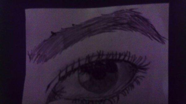 Oeil au stylo lol