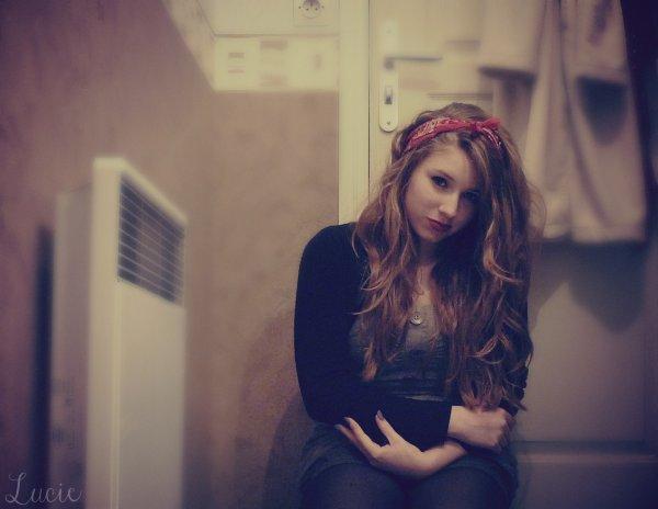 - « Il y a des soirs comme ça, où tous les souvenirs remontent. Et une grosse larme coule. » ♥
