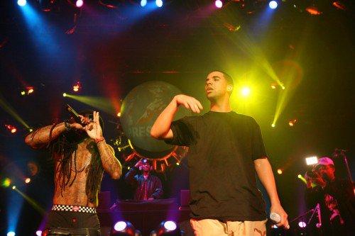 Lil Wayne Surprises Drake On Stage