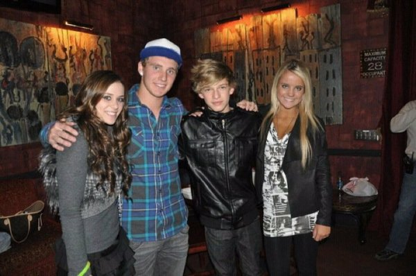 Love this guys, cody simpson, payton rae, tyler henry and i after cody simpson's concert!! you are very talented cody<3