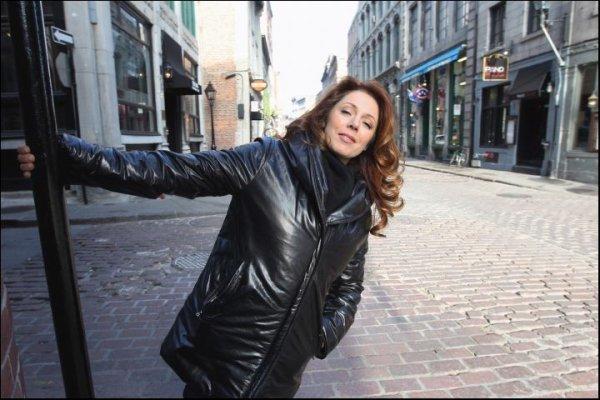 """""""Isabelle Boulay revient à Montréal""""..."""