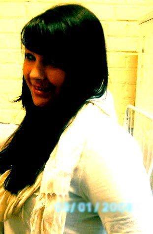 # _ ♥ La vie c'est comme la boxe ; y a des coups que t encaisse & d'autres qui te blessent (!) *