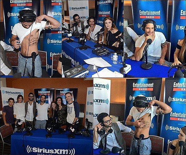 . Tyler et quelques membres du cast étaient au Entertainment Weekly Live.     .