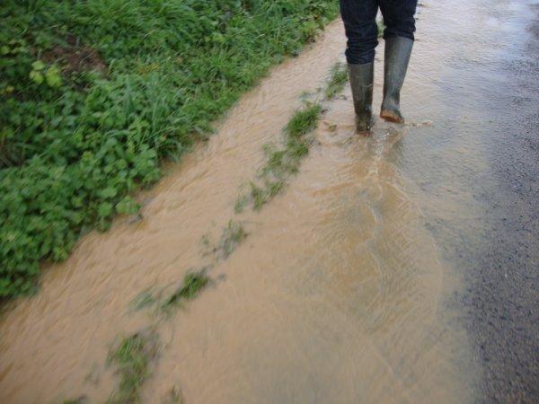 L'eau courrait sur les routes Ternesiennes et tombait sur nos têtes en permanence