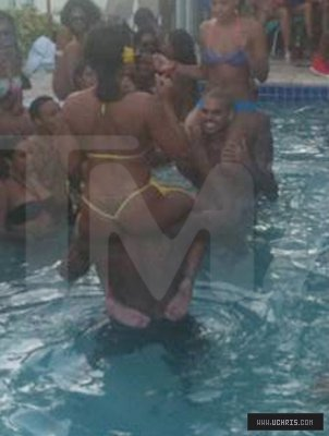 Chris Brown @ Pool Party in Mimai